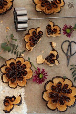 Flores extremeñas con chocolate negro