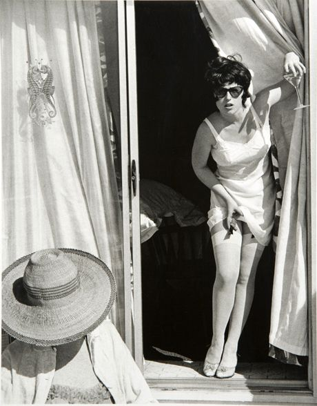 Cindy Sherman//how do you choose favorite Cindy Sherman photos? What a range this artist has.