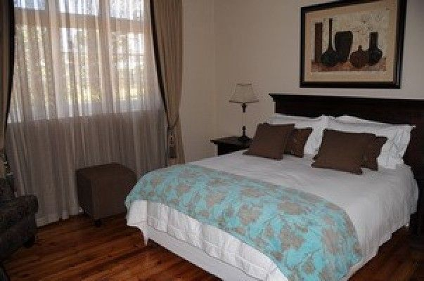 A&A Guesthouse - A&A Guesthouse is situated next to a golf course near shops and within short driving distance from beachfront. It is wheelchair friendly with an added bonus of a heated covered swimming pool and fully ... #weekendgetaways #portelizabeth #sunshinecoast #southafrica