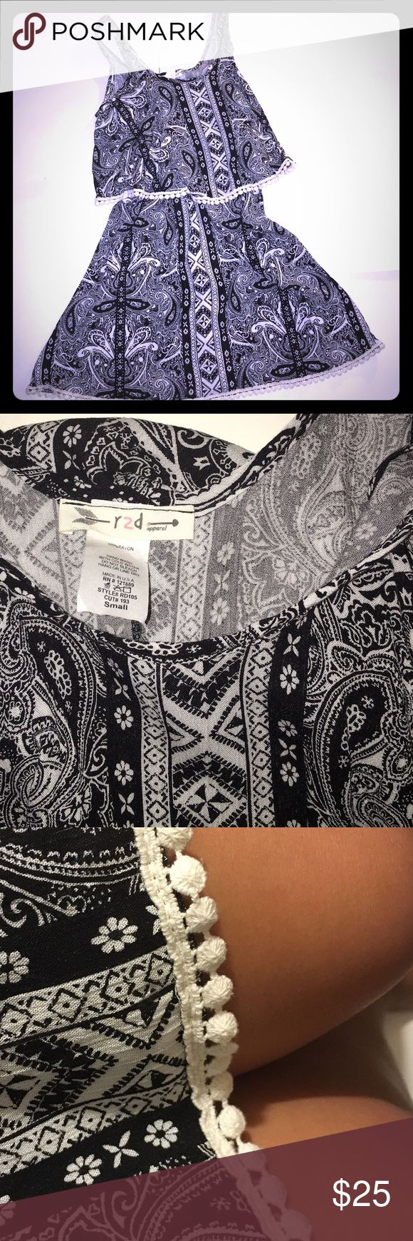 Cute spring dress ❤️ Black and white spring dress❤️ worn only once, great condition ❤️❤️ r2d Dresses