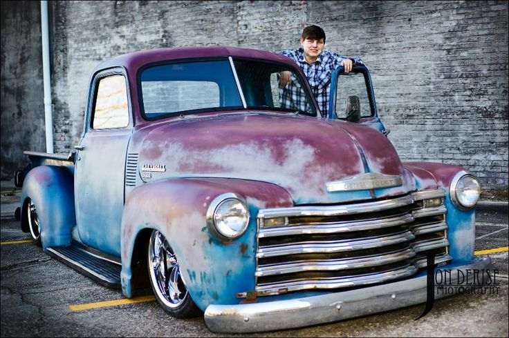 Chev Chevy Chevrolet Advance Design pickup truck three window 3 window cab short bed slammed over low profile tires and five spoke wheels. Sporting a patina finish, turn down handles and one piece door glass means this truck is 1947 1948 1949 or 1950 - pic 3