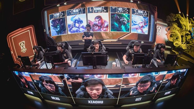 Mid lane takes center stage for Royal Never Give Up http://www.espn.com/esports/story/_/id/20990908/league-legends-world-championship-royal-never-give-stellar-week-1-centered-mid-lane #games #LeagueOfLegends #esports #lol #riot #Worlds #gaming