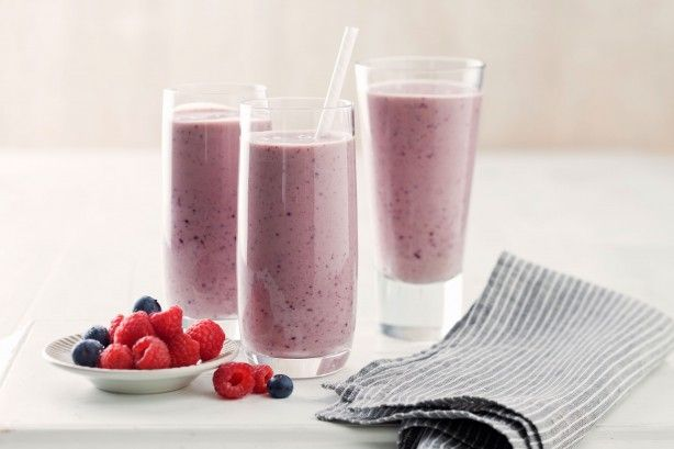 It's always the perfect time for a refreshing smoothie - here are our 10 must-have recipes.