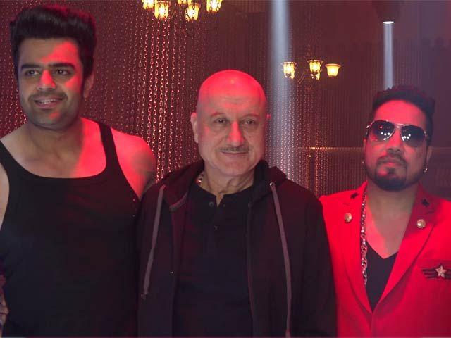 On The Sets Of 'Baa Baaa Black Sheep' With Mika Singh, Manish Paul & Anupam Kher