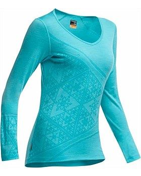 Icebreaker Merino Womens Top featuring the sherpinsky Triangle Design by Artist Simon Beck. Buy in-store or online at Outside Sports: http://www.outsidesports.co.nz/buyers-guides/outdoor-clothing/about-icebreaker/simon-beck/IB101324/Icebreaker-Oasis-V-Top---Sherpinsky-Triangle.html#.VDxI7fmSxic