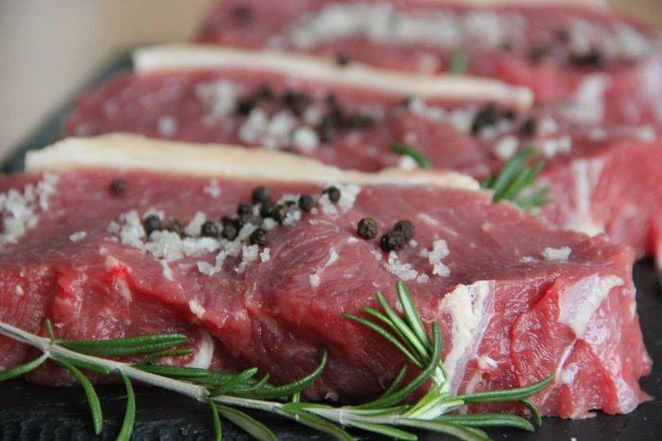 Vildt lækre entrecote steaks. Kødet krogmodnes i op til 21 dage på ben i tempererede kølerum.