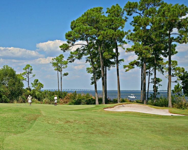 Located just two miles from Seascape Resort, along the shores of Choctawhatchee Bay, Emerald Bay Golf Club features an 18-hole course designed by Bob Cupp.