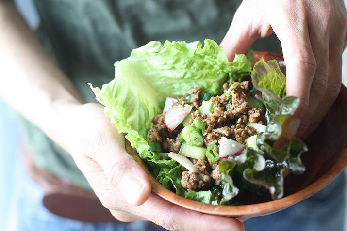 Hoisin & Five Spice Pork Lettuce Wrap recipe by SeasonWithSpice.com