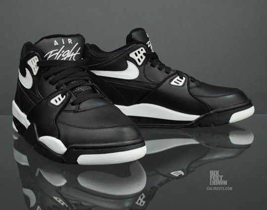 NIKE AIR FLIGHT 89 BLACK/ZEN GREY