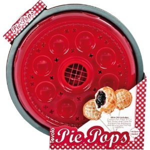 Tovolo 80-9185 Pie Pops Molds- can also be made using a cookie cutter and crimping the edges. CUTE!!!: Pop Moldings, Food Stuff, Cakes Pop, Julianna Stuff, Eating Pies, 809185 Pies, Pie Pops, Cookies Cutters, Pies Pop