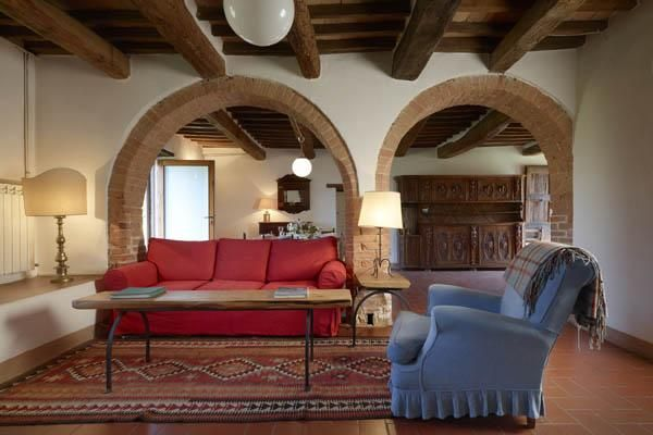 La Foce: a crossroads and meeting place in the heart of Tuscany