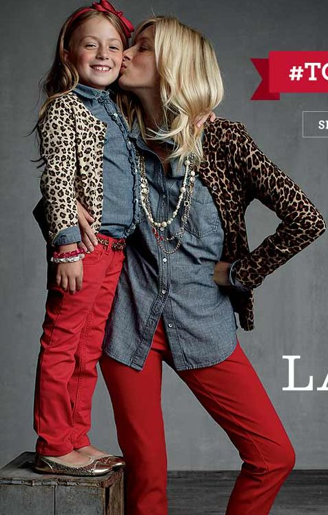 Red skinnies, chambray, leopard and bling- love it!!