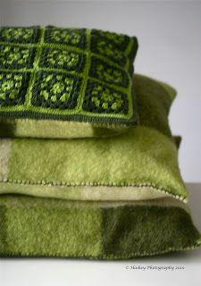interieur huis stoel: Groene kussens