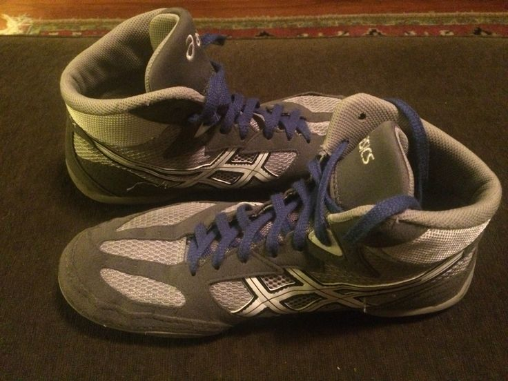 For sale: aisic wrestling shoes size 9.5 Mens. Worn only a few times.  Paid $60. Asking $30.  Contact me at le877o@yahoo.com