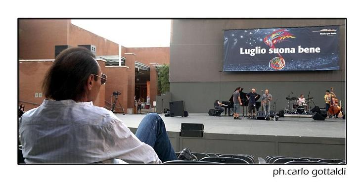 Antonello Venditti - Luglio suona bene