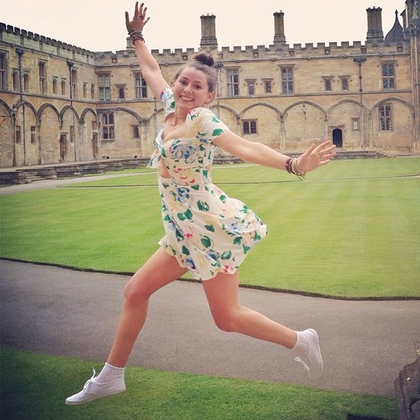 American Caroline Calloway has turned her adventures at Cambridge University into an elaborate Instagram narrative, which is being turned into a memoir.