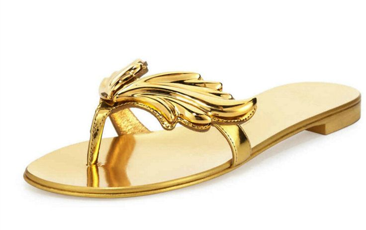 2017 New Fashion Women Leaves Big Size 42 Beach Ladies Sandals Golden Silver Red Flip Flops Flame Wings Shoes Women Slippers