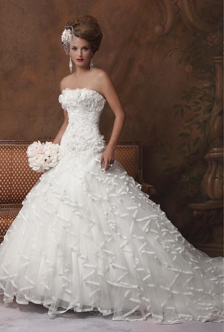 Karelina Sposa Wedding Dresses   Brides.com