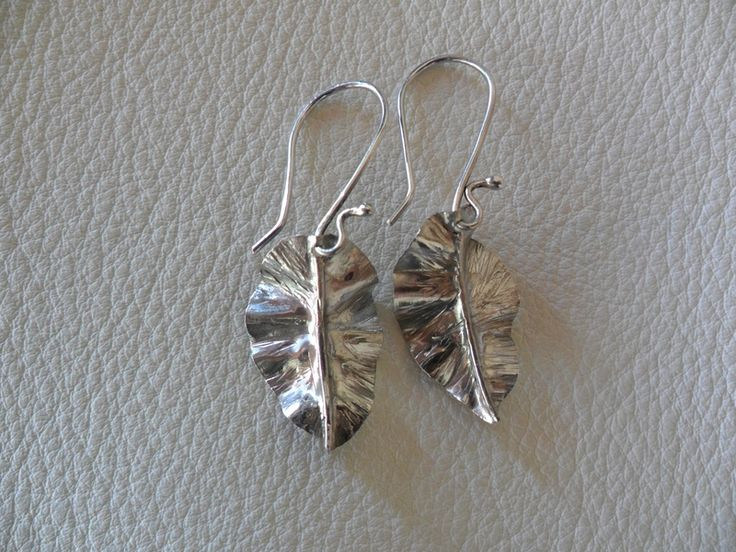 Orecchini a forma di foglia in argento 925 di CerBys Gioielli su DaWanda.com