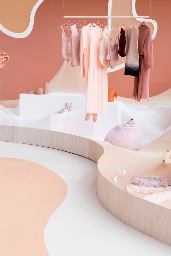 AMSTERDAM – For the 20th year of the fashion trade event Modefabriek, Floor Knaapen and Grietje Schepers formed a two-woman-team to formulateNudevs Naked, a shop slash exhibition which coincided with the two-day-long show.