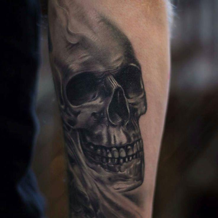 By @joseecd  #tattoo #tattooartist #tattooart #skulltattoo #art #artist