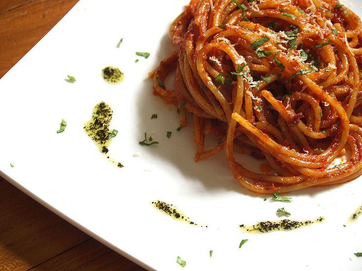 Büyük #İtalya Turu ile gördükleriniz kadar tattıklarınızla da büyüleneceksiniz.... İtalya ve mükemmel lezzetler....  bit.ly/mngturizm-büyük-italya-turu   #mngturizmle #tatil #yurtdışı #tur #italya #napoli #roma #floransa #venedik #milano  #spaghetti #arabiata #food #foodie  #delicious #amazing #yummy