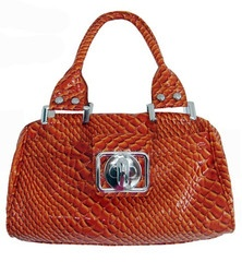 """**Coupon Code!** This darling handbag is only $36.60, PLUS get 10% off your entire order AND free shipping with discount code """"SAVE10"""" at checkout! While supplies last...Free Ships, Coupon Codes, Codes Pin, Discount Codes, Www Mycentsofstyle Com, Orange Handbags, Codes 0512, Codes Save10, Codes 0209"""