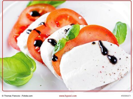 Muß ich zusätzlich Diät halten?  Die HYPOXI-Methode verlangt keine strengen Diäten, dadurch lässt sich eine wohlproportionierte Figur nämlich nicht erzwingen.  Denn der Körper baut Fett immer da ab, wo es leicht und schnell verfügbar ist, jedoch kaum in dem Bereich der Problemzonen.  Anleitung und Beratung hinsichtlich einer gesunden und ausgewogenen Ernährung gehören zum HYPOXI-Konzept dazu – und das garantiert ohne Magenknurren!  #diät #hypoxi #abnehmen #bauch #beine #po #weight #watchers