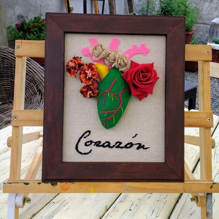 Mi corazón!!! Diseños Chicoca Deco #fieltro #bordado #arpillera #corazon #cuadro