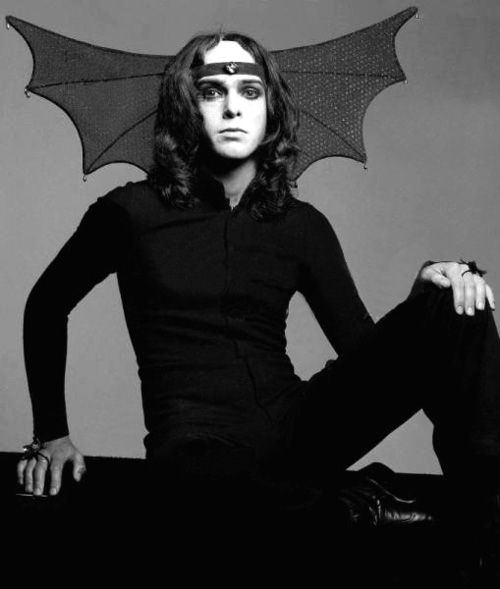 Peter Gabriel.  What a great picture!