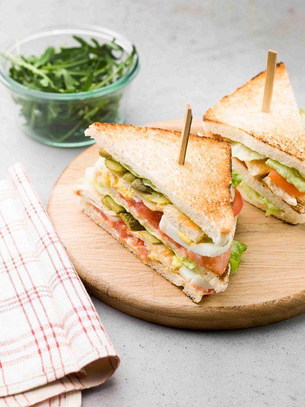 Club sandwich royal au poulet   Recettes Originales