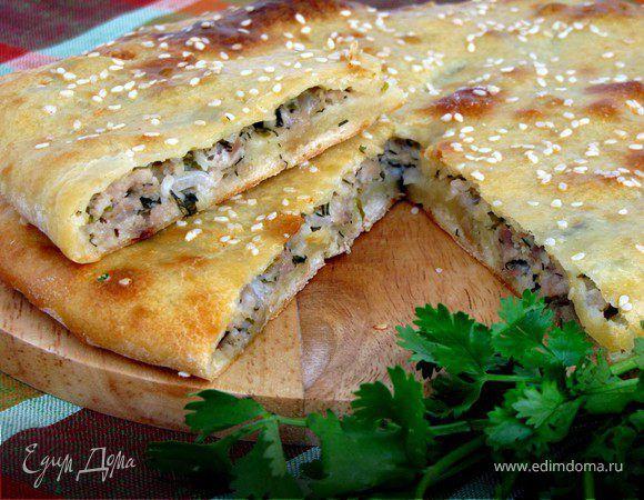 Мясной пирог на кефире. Ингредиенты: кефир, растительное масло, яйца куриные