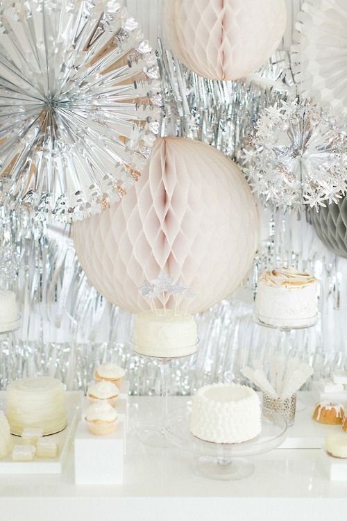 Pretty party decorationsHoliday Parties, Silver Parties Decor, New Years Parties, Eve Parties, New Years Eve, Desserts Tables, Ruth Eileen, West Elm, Parties Inspiration
