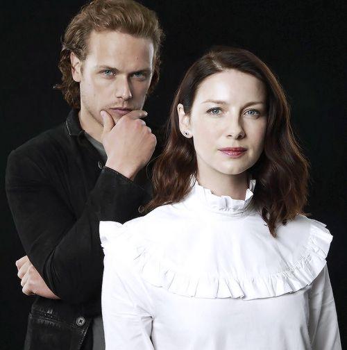 Vive les Frasers | outlander-news: Sam Heughan and Caitriona Balfe...