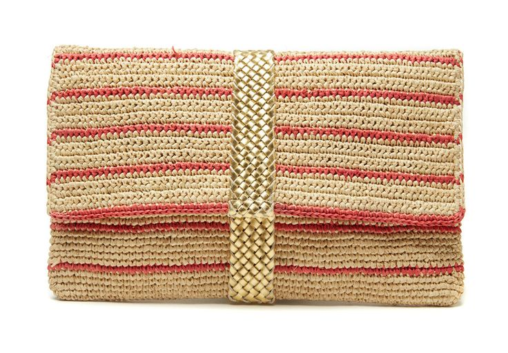 Summer clutches perfect for a simple day out or for a night on the town. Check more out at www.favery.com