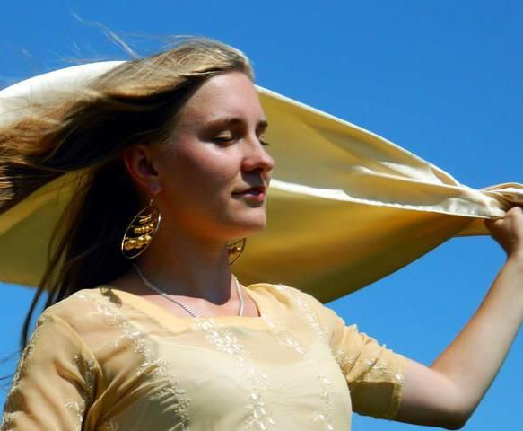 I like the wind in my hair.