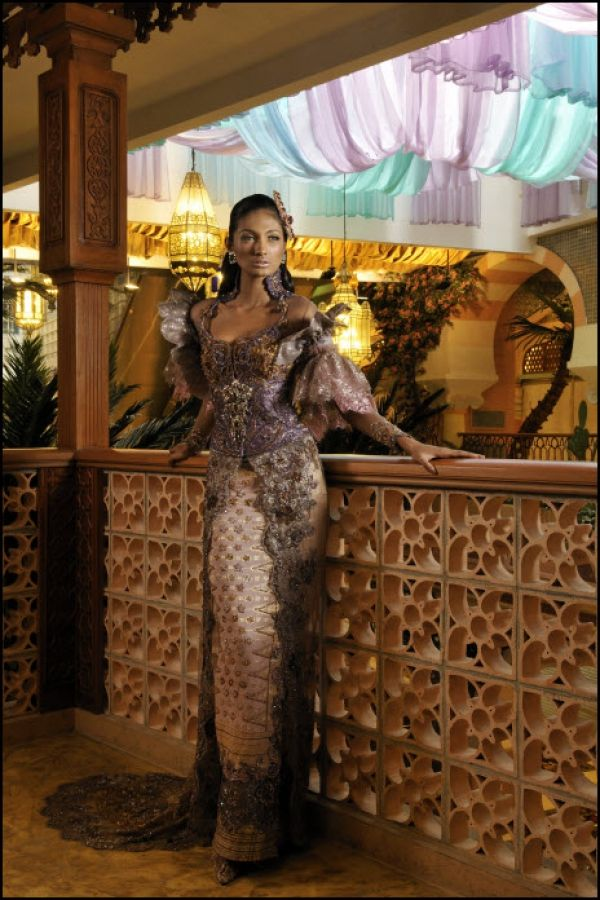 http://fashioncatalogtrend.com/2011/10/  collection-of-modern-kebaya-anne-avantie/  Kebaya is the traditional dress of Indonesia.    This is usually worn during the wedding  ceremony. Collection of Modern Kebaya  Anne Avantie.