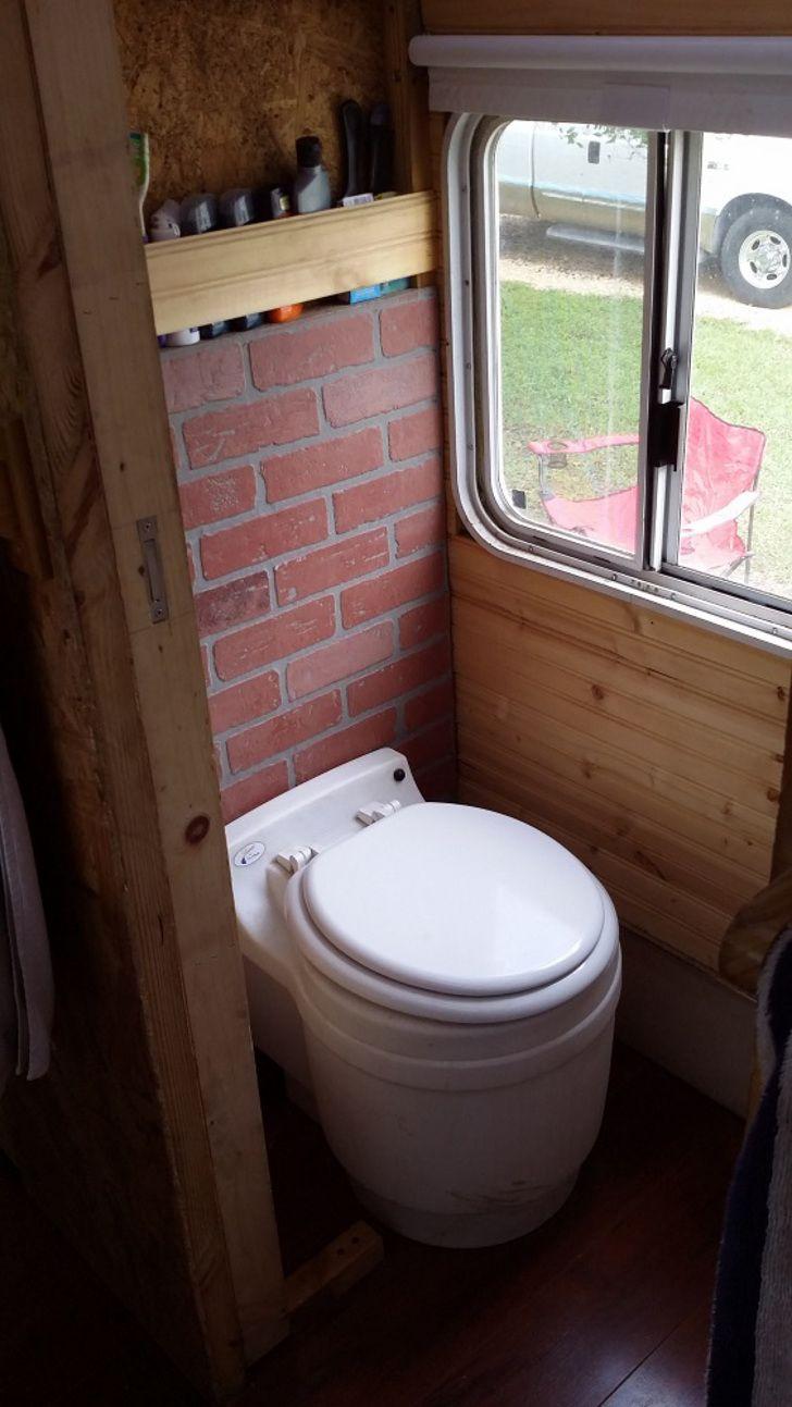 Stinky Toilet Tank