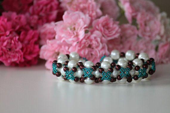 Wedding beaded bracelet with nacreous white by DeaJewelryStore