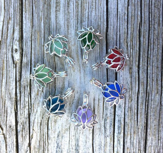 Halskette Meer Glas Lotus Flower Sterling Silber von WaveofLife