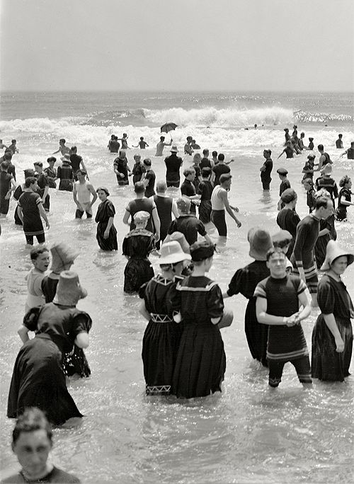 The Jersey Shore circa 1910. Bathers at Atlantic City. Damn look at those sexy swimsuits!