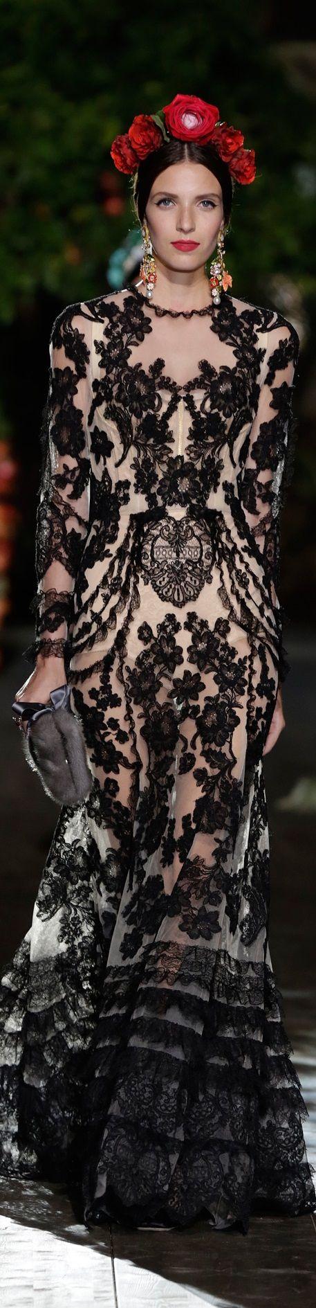 Dolce & Gabbana Alta Moda Fall 2015 Couture..