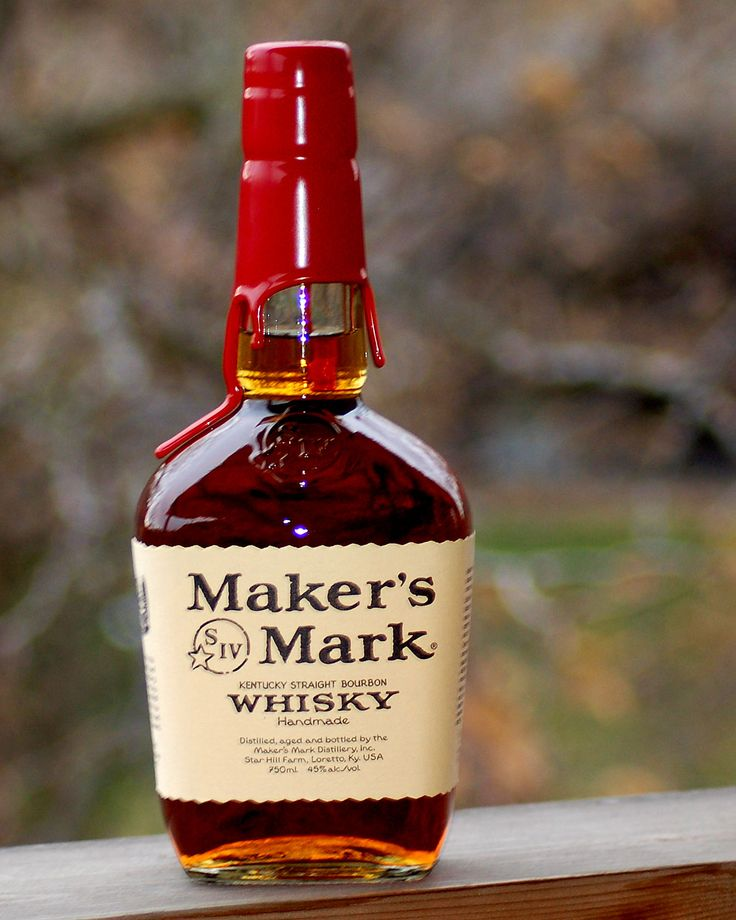 Kentucky Straight Bourbon Maker's Mark Distillery Loretto, Kentucky 90, 45% alc/vol Kentucky Straight Bourbon