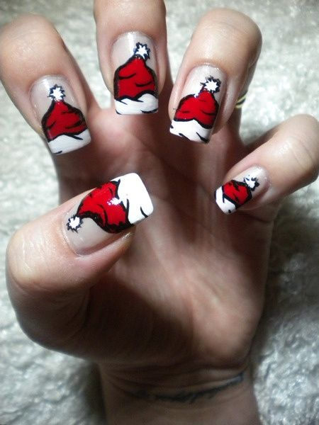 Animated Santa Hat Nails (I could only do it on one nail though)