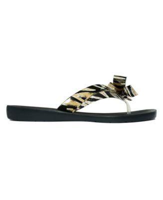 85479ad55 Guess Tutu Bow Flip Flops - Black 10M  WomenShoesWedding