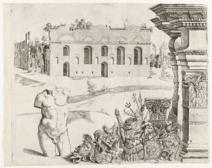 Anonymous | Architectuurcapriccio met spolia, een mannelijke torso en een gezicht op de thermen van Diocletianus, Anonymous, c. 1540 - c. 1560 | Op de voorgrond rechts architectuurfragmenten met opschrift dat verwijst naar de thermen van Diocletianus, antieke wapenrustingen, helmen en wapens en links een mannelijke naakte torso. Op de achtergrond een antiek gebouw - vermoedelijk de thermen van Diocletianus.