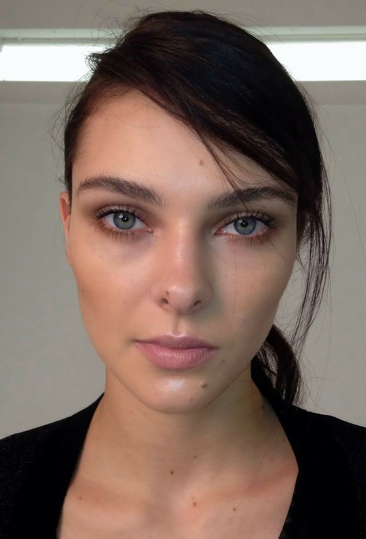 Five Makeup Tips From A Pro Makeup Artist: Foundation: Givenchy Hydra Sparkling Nude BB Cream, Estee