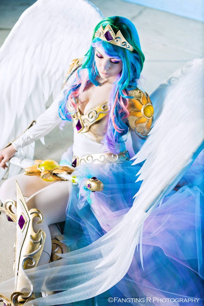 Princess Celestia cosplay from the weekend at Wondercon! - 9GAG