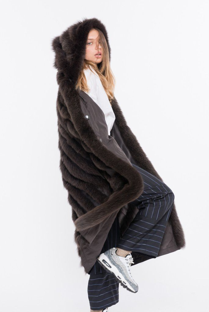 The LUSSO-120 is the most sublime, lightweight, fox fur coat in the game! Enjoy 20% OFF your first purchase when you Sign Up & Get Free Shipping @ SHACIFUR.com
