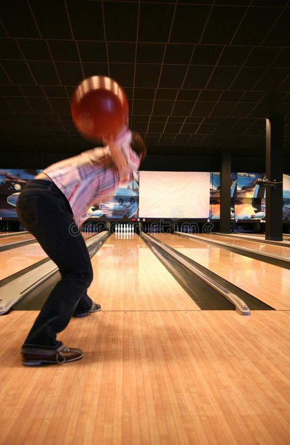 Tenpin Bowling Bowling Sport Player In Action Motion And Movement Aff Sport Bowling Tenpin Player Bring Back Lost Lover Bowling Ball Exercises